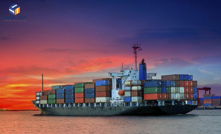 Vận tải đường biển là gì? Những mặt hàng có thể chuyển bằng đường biển